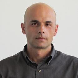 Стоян Стоянов